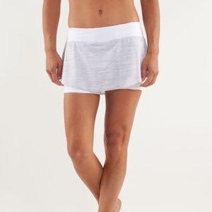 Lululemon run light as air skirt size 8